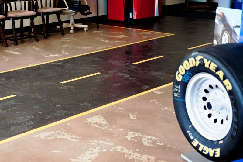 Car shop lined floor