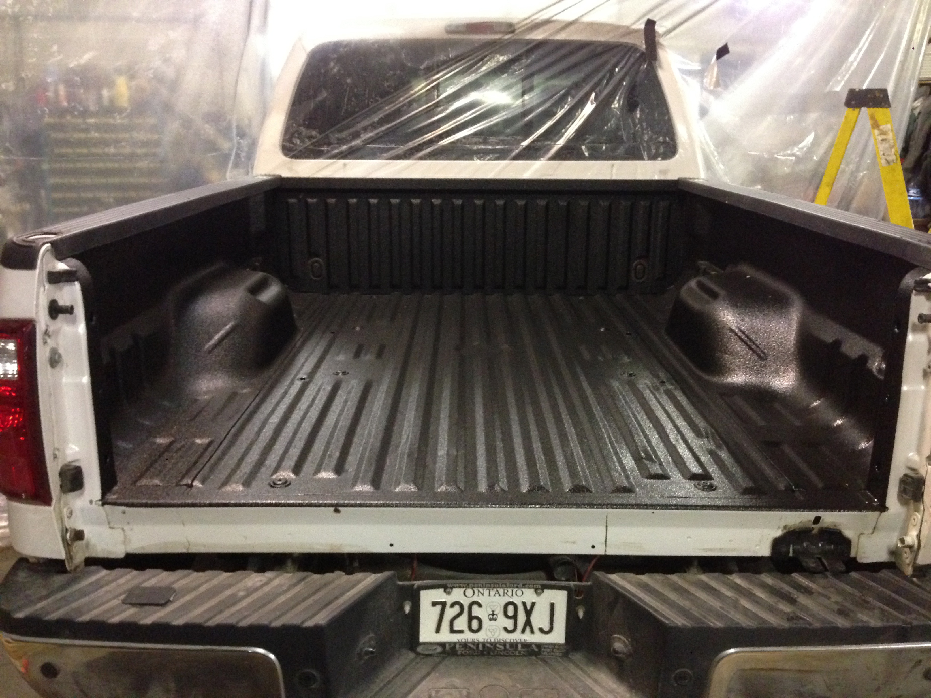 Truck bed lining
